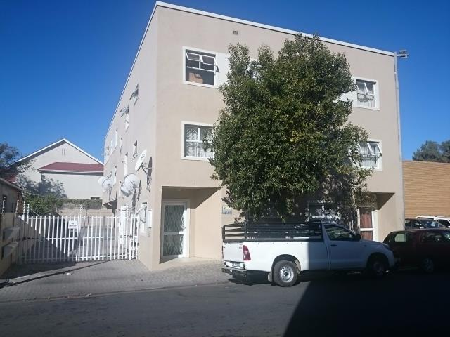 GROUND FLOOR UNIT Currently let as a two bedroom unit