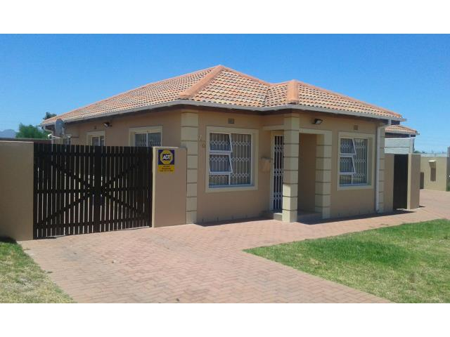 3 Bedroom House For Sale in Hagley