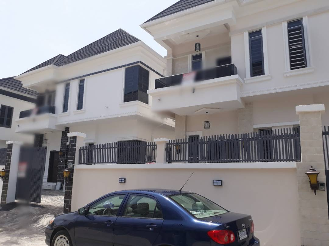 LUXURY 5BEDROOM DETACHED HOUSE WITH BQ FOR SALE