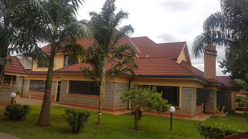 Beautiful 5bdr double stoery stand alone house in runda