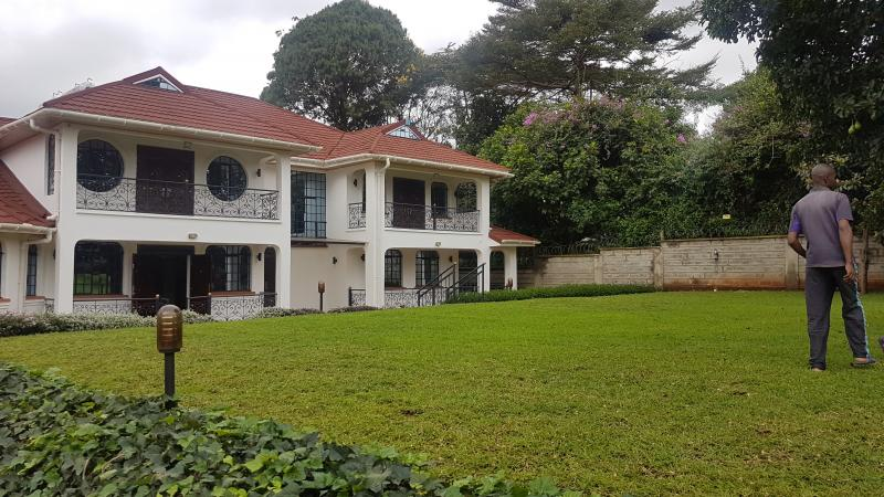 Beautiful 5bdr double storey stand alone house in runda