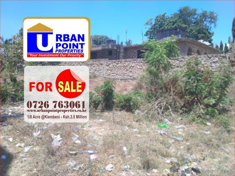 For Sale: 1/8 Acre Prime Plot
