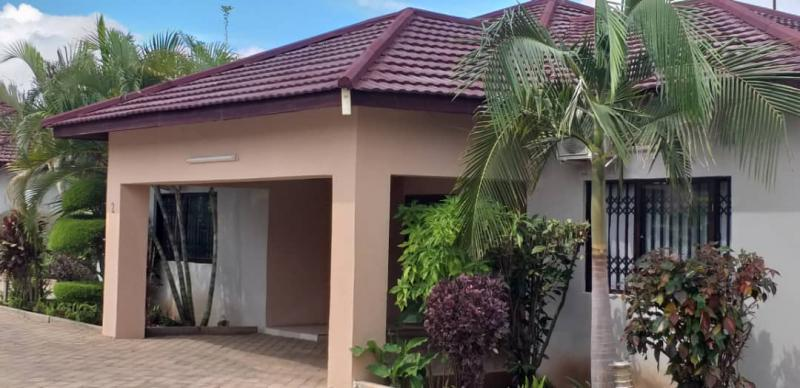 3Bed  House - Ibex Hill
