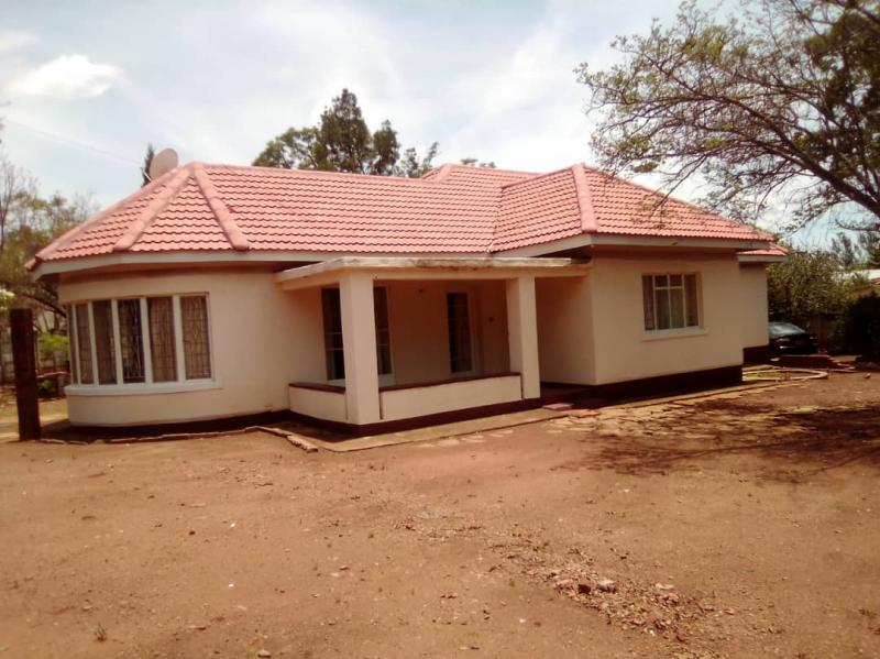 A Comfortable 2 Bedroomed House For Sale - Famona