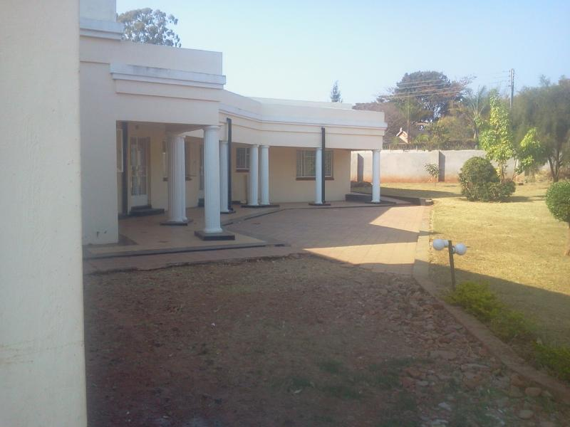 5 Bed House for Sale in Mandara
