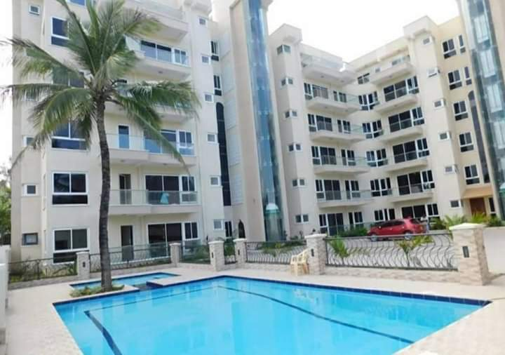 SPACIOUS 3 BEDROOM APARTMENT ON SALE WITH SWIMMING POOL