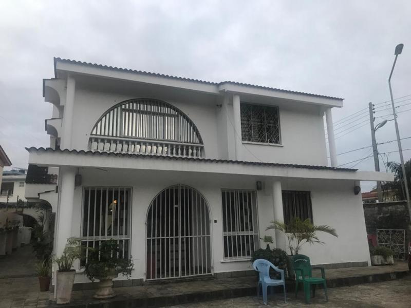 For sale 5 bedrooms maisonette nyali on its own compound