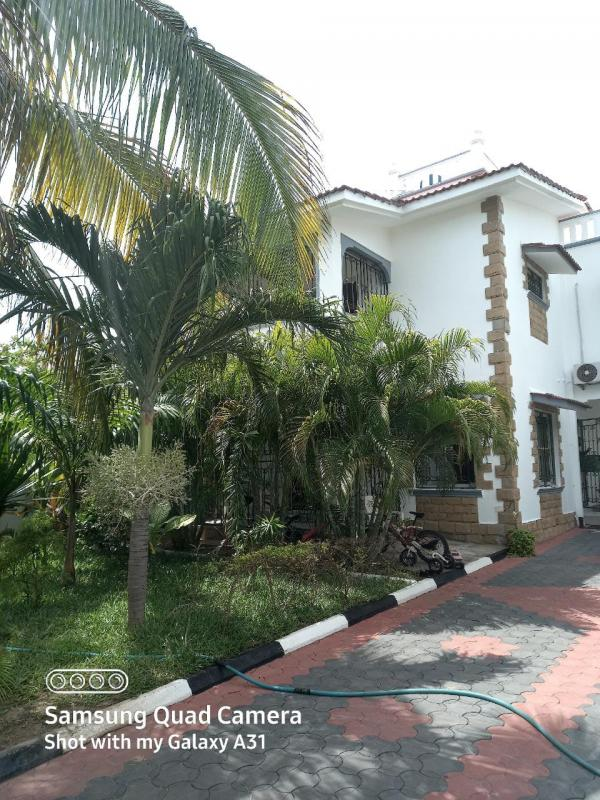 For sale 3 bedrooms executive town house shanzu in a gated community