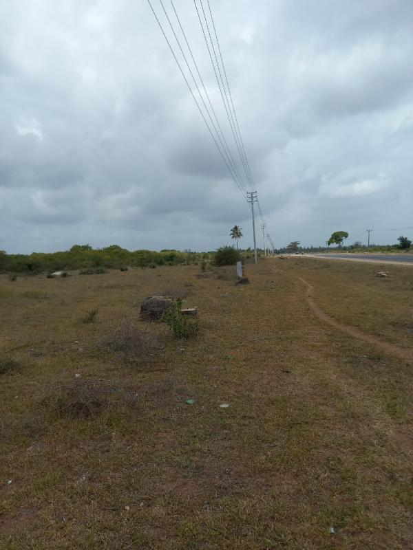For sale 20 acres prime land kilifi mtondia touching malindi mombasa road
