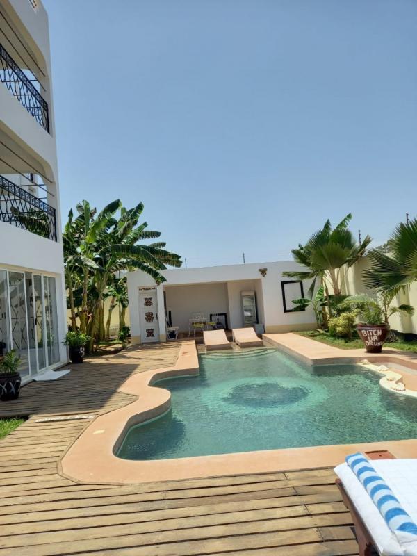 For sale 4 bedrooms maisonette on a quarter acre compound Malindi Casuarina